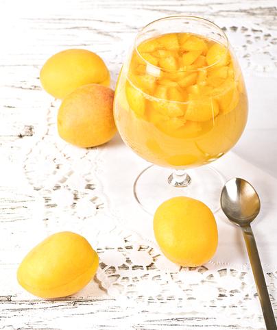 Apricot-Tea-n-Tonic