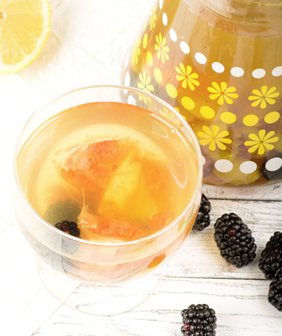 Tee-Punsch-mit-Fruechten